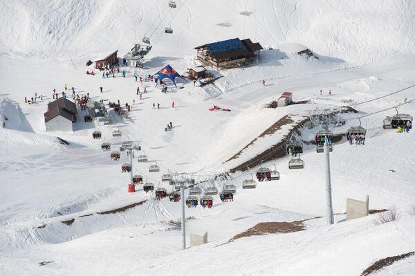 Al via la stagione sciistica a Sochi - Sputnik Italia