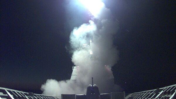 Un missile da crociera - Sputnik Italia