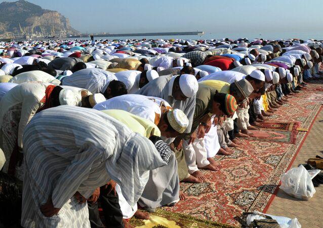 La preghiera  musulmana di Ramadan a Palermo