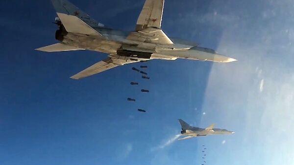 Bombardieri Tu-22 russi in Siria - Sputnik Italia