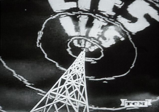 Un manifesto della propaganda anticomunista americana degli anni '50