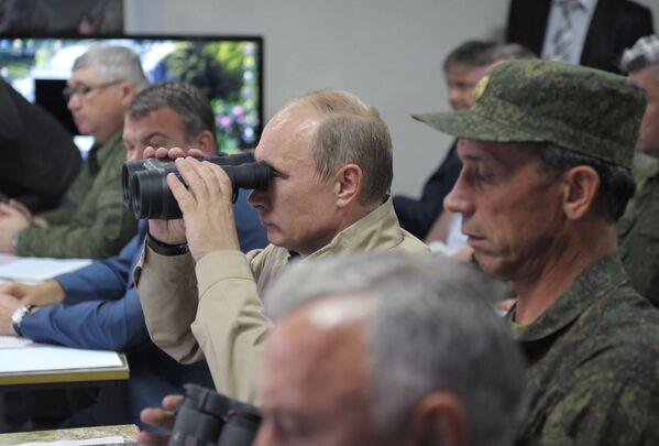 Vladimir Putin: comandante supremo delle Forze Armate - Sputnik Italia