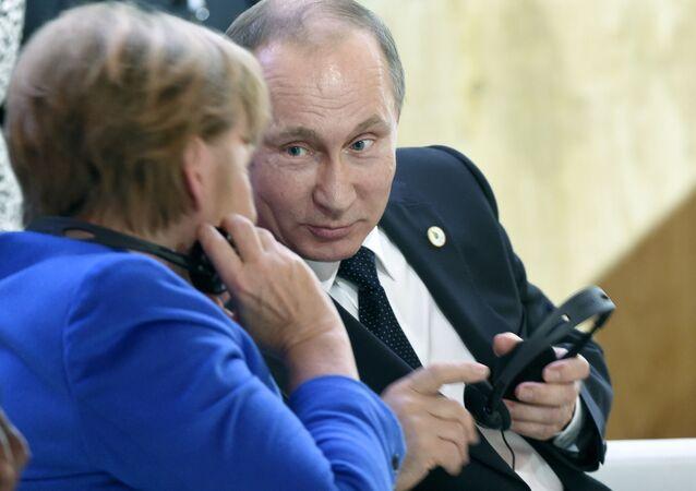 Gli incontri di Vladimir Putin al Cop21.