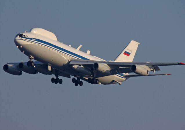 L'aereo russo Il-80 di 2° generazione.