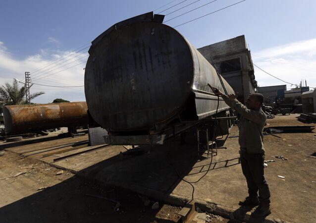 Contrabbando di petrolio del Daesh