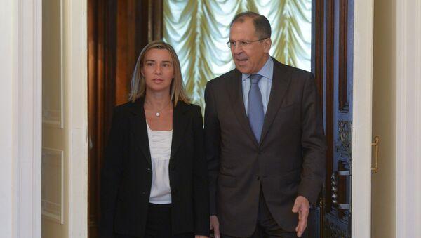 Sergey Lavrov e Federica Mogherini - Sputnik Italia