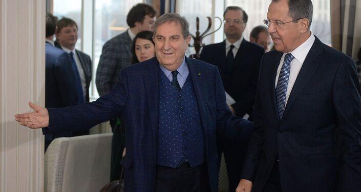 Il presidente della Camera di Comercio Italo-Russa Rosario Alessandrello insieme al ministro degli Esteri russo Sergey Lavrov