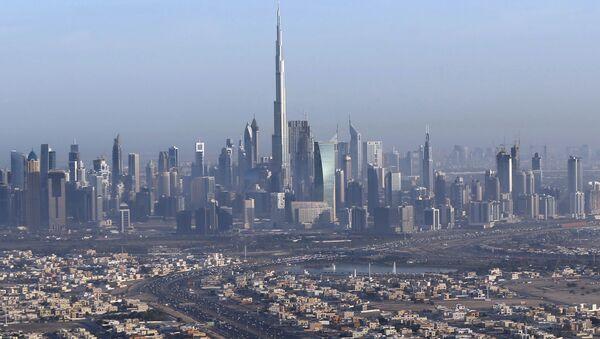 Вид на Дубай и башню Бурдж-Халифа - Sputnik Italia