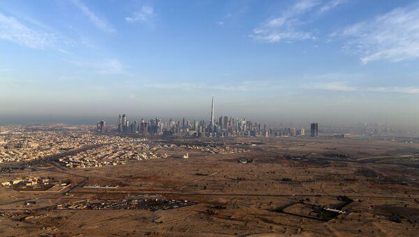 Вид на столицу Объединенных Арабских Эмиратов Дубай - Sputnik Italia