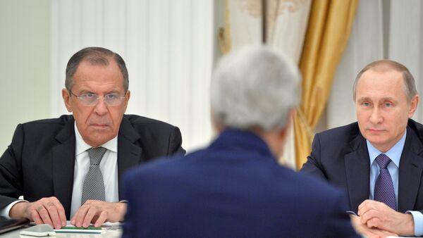 Incontro tra Kerry, Lavrov e Putin al Cremlino - Sputnik Italia
