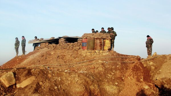 Kurdish peshmerga forces prepare for battle against the Islamic State group, near the Mosul Dam, in Iraq. - Sputnik Italia
