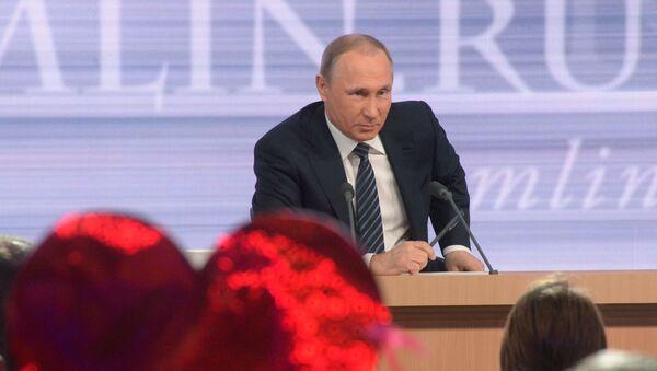 La grande conferenza stampa annuale di Vladimir Putin. - Sputnik Italia
