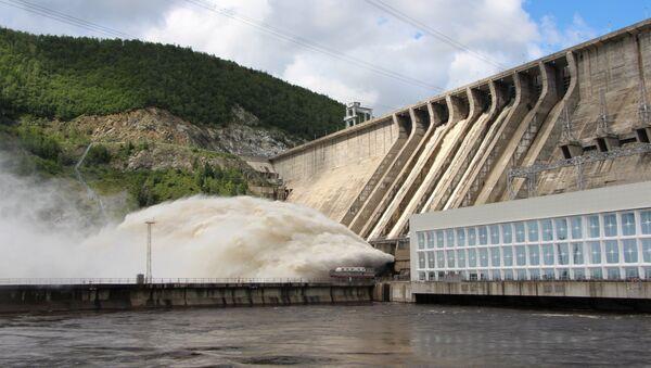 Сброс воды на Зейской ГЭС - Sputnik Italia
