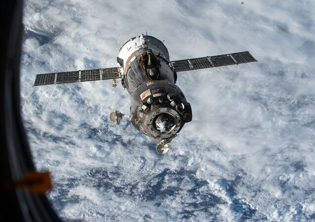 Navicella russa SoyuzСоюз TMA-15M