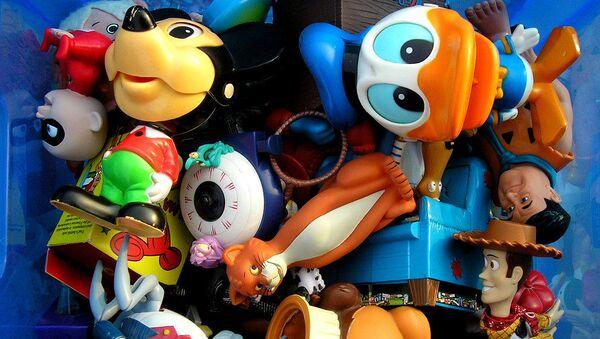A box of toys - Sputnik Italia