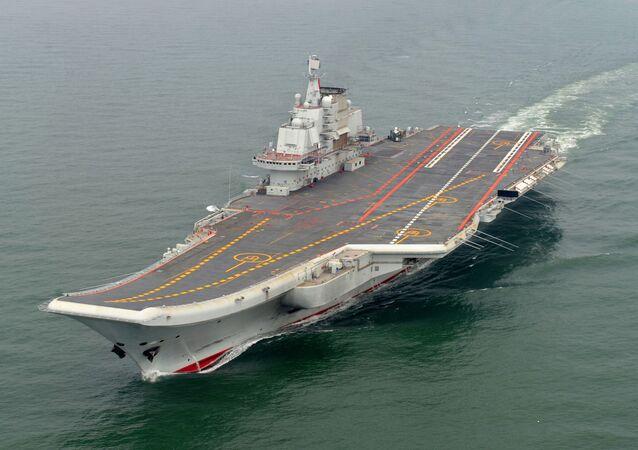 Prima portaerei della Marina Militare della Cina Liaoning