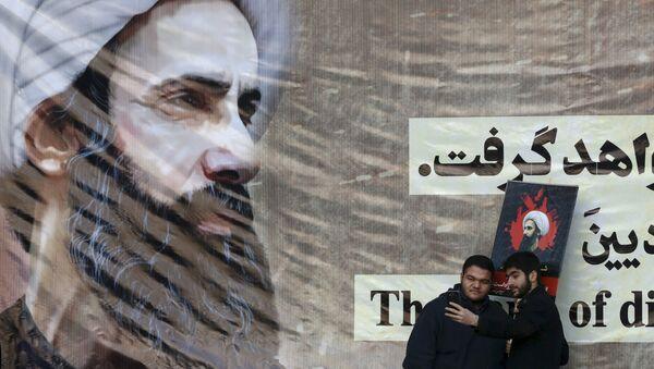 Poster del predicatore sciita Nimr al-Nimr giustiziato in Arabia Saudita - Sputnik Italia