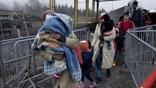 Profughi in Europa - Sputnik Italia
