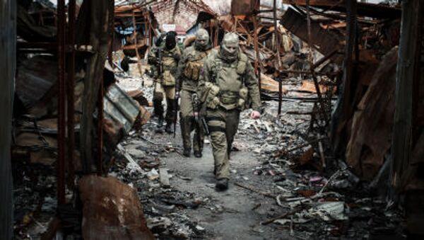 Scene di guerra nel Donbass. - Sputnik Italia