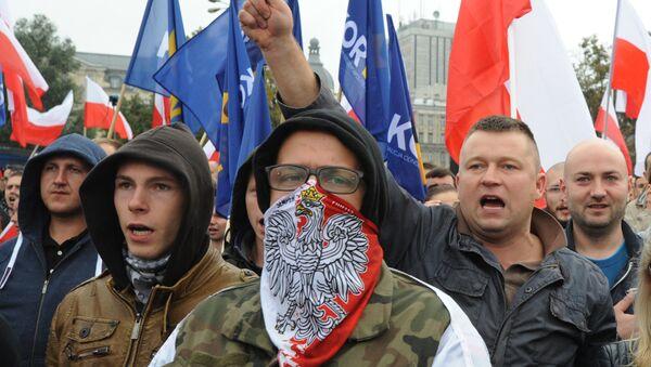 Dimostranti anti-profughi in Polonia - Sputnik Italia