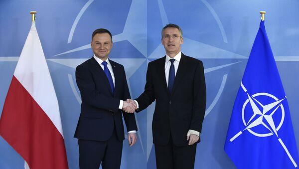 Andrzej Duda e Jens Stoltenberg al quartier generale della NATO di Bruxelles - Sputnik Italia