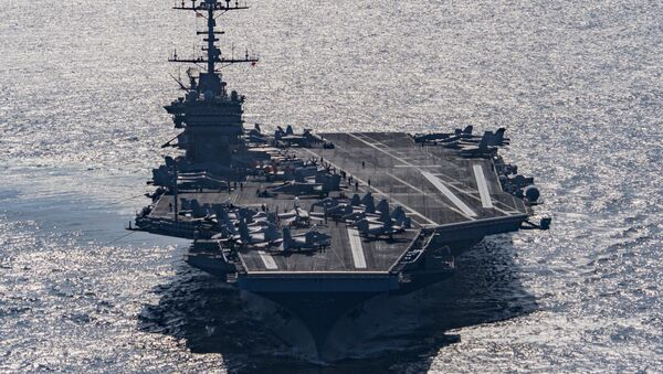 Portaerei USA Harry S. Truman nel Golfo di Oman - Sputnik Italia