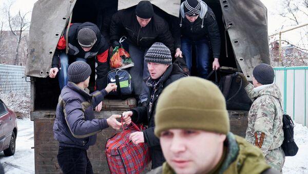 Volontari milizia filorussa di Donetsk - Sputnik Italia
