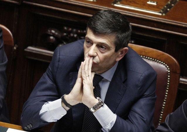 Graziano Del Rio e` diventato il Ministro di Infrastrutture dopo le dimissioni di Maurizio Lupi