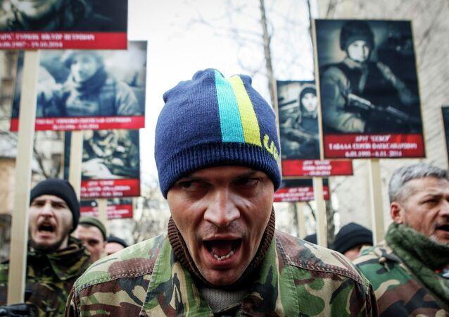 Attivisti del movimento ultranazionalista ucraino Pravy Sektor