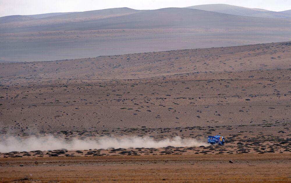 Un camion Kamaz-Master al rally Dakar-2011.