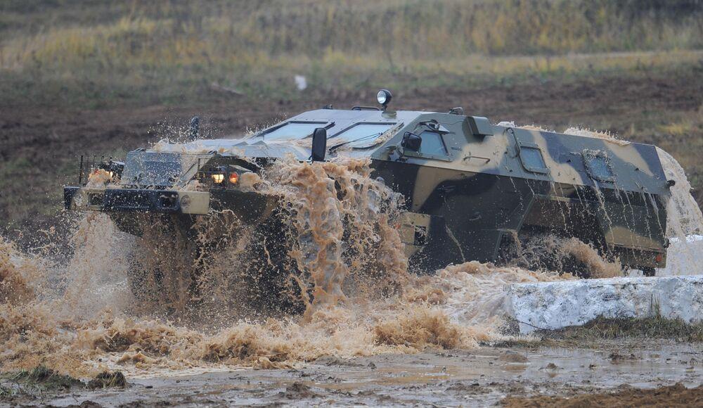 Un veicolo blindato Kamaz-43269 Sparo.