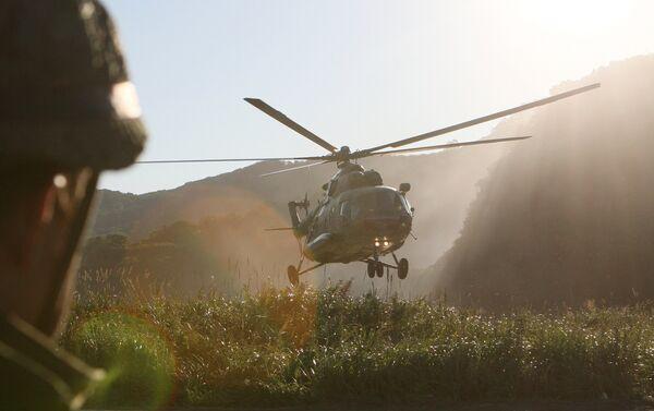 Esercitazioni con elicotteri in Kamchatka - Sputnik Italia