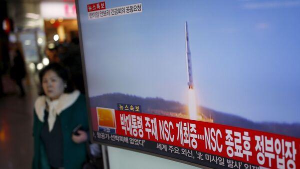 Lancio missile della Corea del Nord in tv - Sputnik Italia