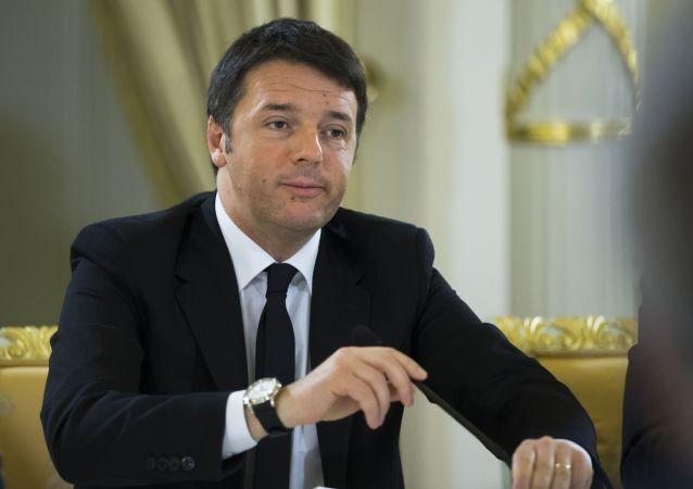 Durante la visita  a Washington Matteo Renzi ha espresso una grandeur che non abbiamo