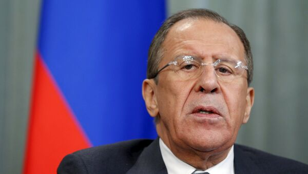Russian Foreign Minister Sergei Lavrov speaks during a news conference after a meeting with Beatrice Attalah, Minister of Foreign Affairs of Madagascar, in Moscow April 6, 2015. - Sputnik Italia