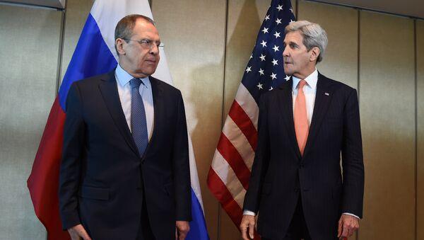 Sergei Lavrov e John Kerry - Sputnik Italia