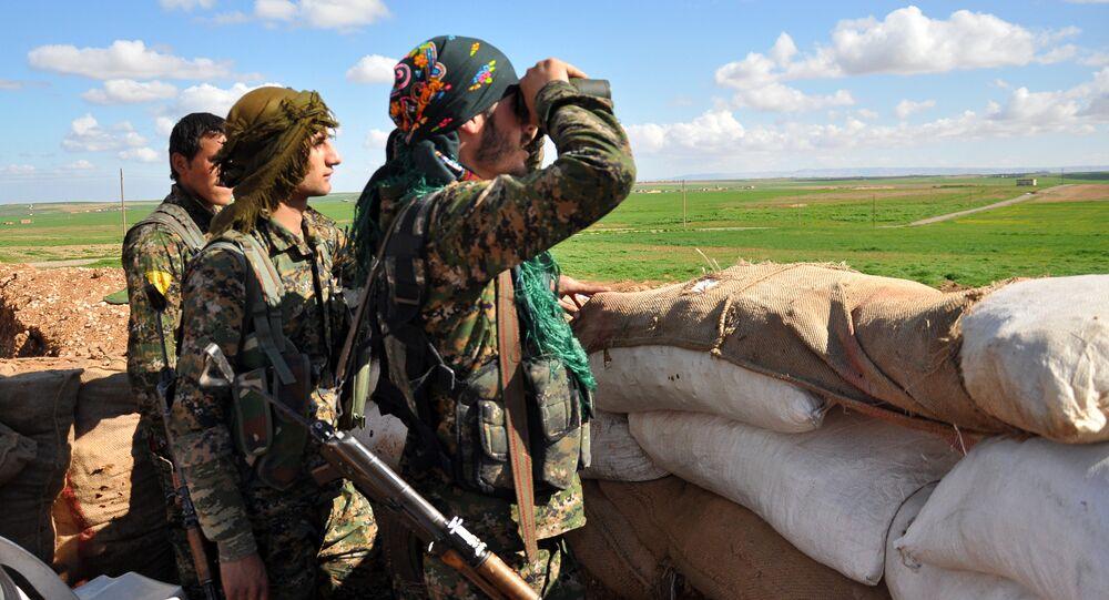 Miliziani curdi (YPG)