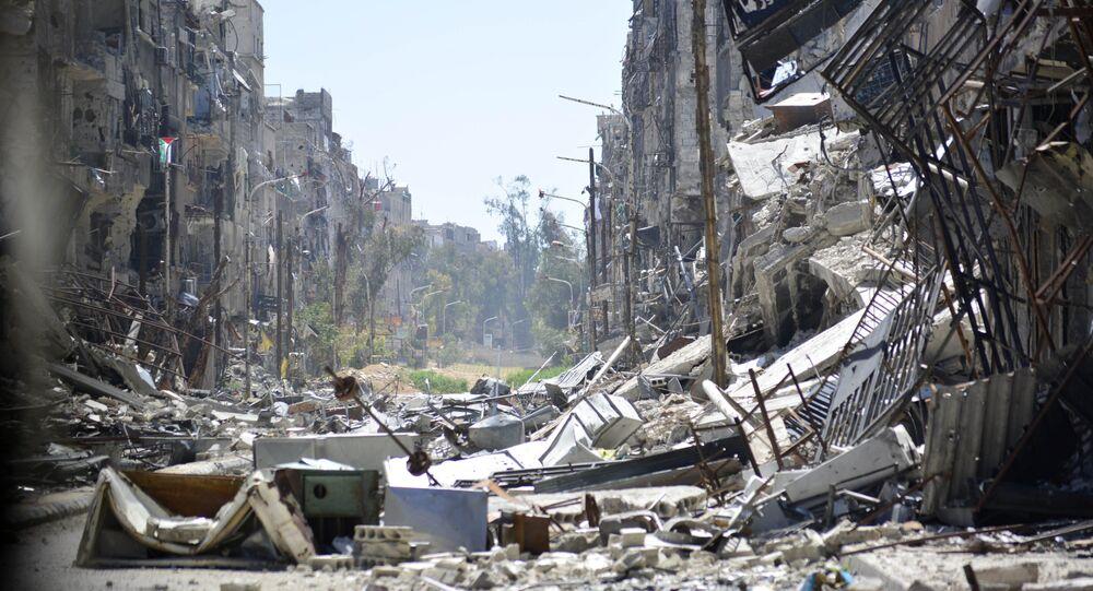 Immagini di distruzioni  nel campo di rifugio palestinese a Yarmouk. Damasco.