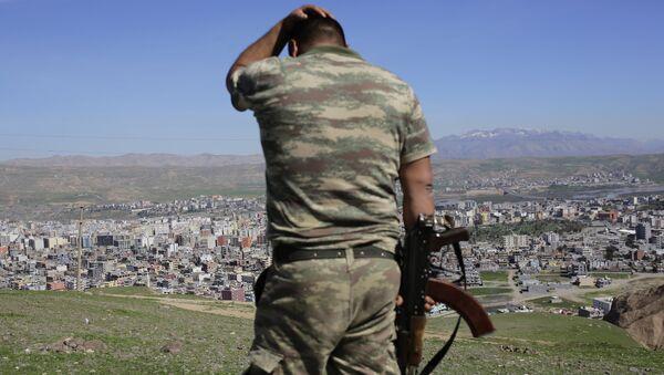 Soldato turco al confine con la Siria - Sputnik Italia