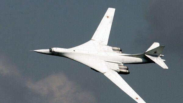 Bombardiere strategico Tu-160 - Sputnik Italia