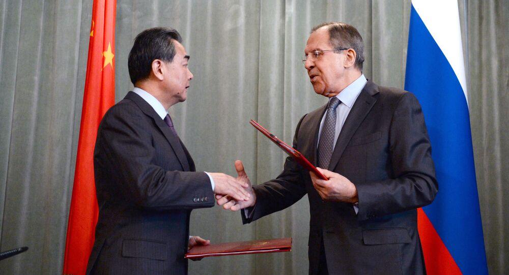 Ministri degli Esteri di Cina e Russia