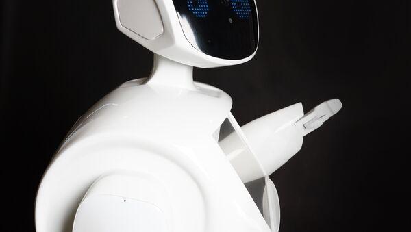 Robot prodotto dalla società russa Promobot - Sputnik Italia