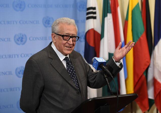 Ex inviato speciale ONU sulla Siria Lakhdar Brahimi (foto d'archivio)
