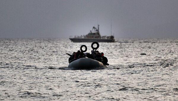Rifugiati nel mar Egeo - Sputnik Italia
