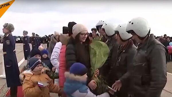 Il rientro dei soldati russi - Sputnik Italia