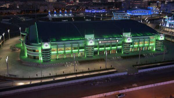Veduta notturna del nuovissimo complesso olimpico di Ashgabat - Sputnik Italia