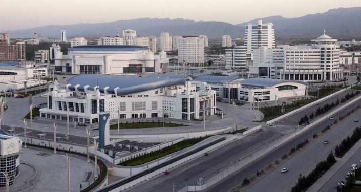 Veduta dell'area del parco olimpico di Ashgabat