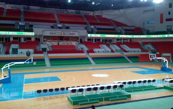 Interno dell'arena multisport del parco olimpico di Ashgabat, Turkmenistan - Sputnik Italia