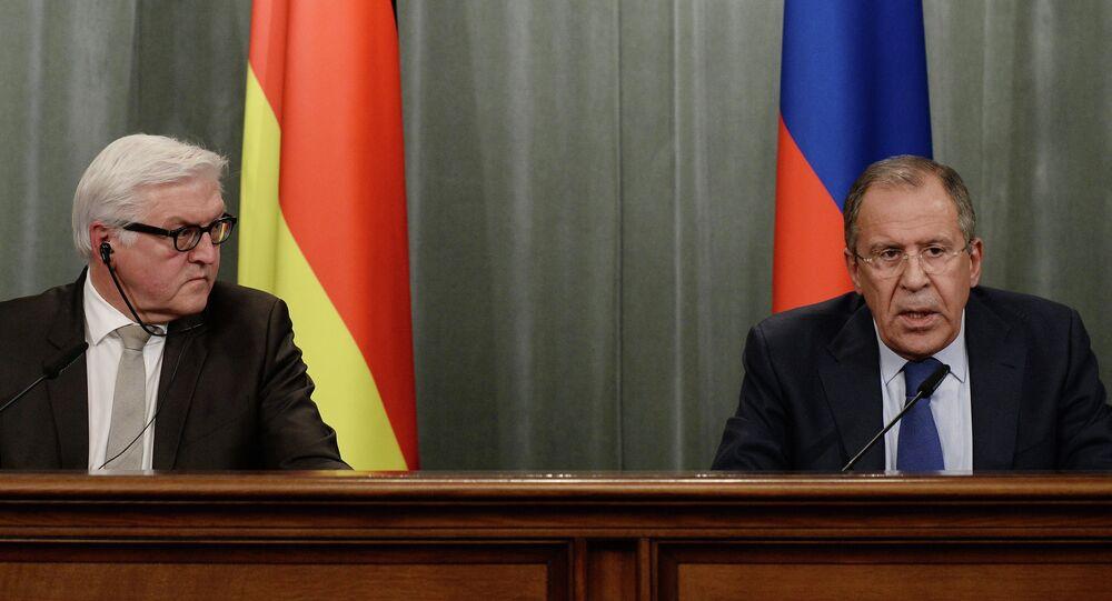 Capi delle diplomazie di Germania e Russia (Sergey Lavrov e Frank-Walter Steinmeier)