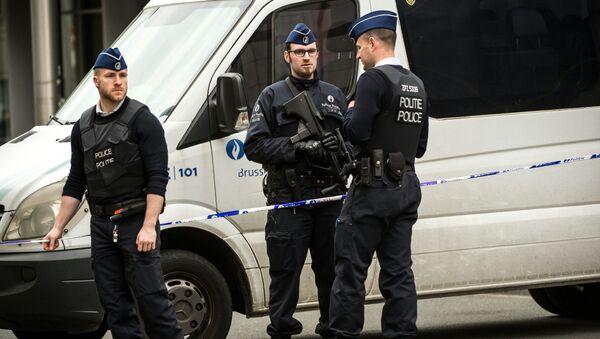 Forze dell'ordine a Bruxelles - Sputnik Italia